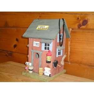 Garys Auto Service Birdhouse (11tall   7.25wide