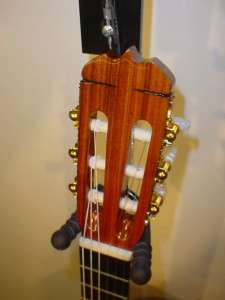 Dauphin Model 25 Classical Acoustic Guitar   Made in Japan   INCLUDES