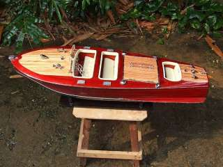 CHRIS CRAFT TRIPLE COCKPIT WOODEN SPEED BOAT MODEL 26.4