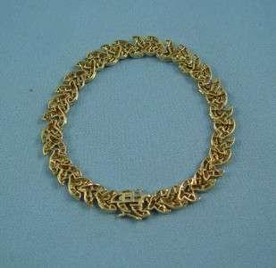 LADIES 14K YELLOW GOLD DIAMOND ESTATE BRACELET APROX 4CT.