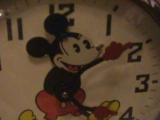 Mickey Mouse head moving Ingersoll alarm clock Disney