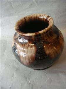 Art Deco Vintage Bendigo Australian Pottery Vase shiny glaze