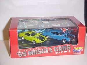 HOT WHEELS 2 CAR SET 30TH ANNIVERSARY 69 MUSCLE CARS SET 2 OF 2 1998