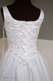 White Satin & Embroidered Organza Wedding Dress 6 NWT