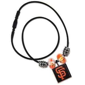 SAN FRANCISCO GIANTS OFFICIAL 18 MLB NECKLACE