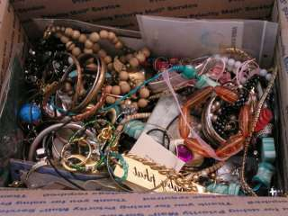 14Lbs 12Oz LOT Vintage + Mixed Costume Fashion Jewelry Wear Parts