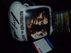 Mayweather Signed Boxing Glove with RIcky Hatton PSA/DNA Super Rare