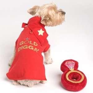 Gold Digga Dog Tee Shirt   Red Small: Kitchen & Dining