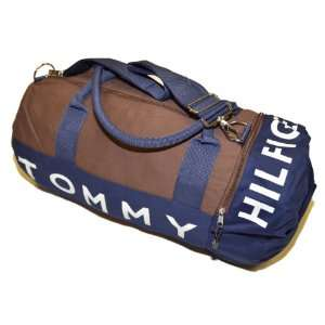 Tommy Hilfiger Big Logo Duffle Bag (Dark brown): Clothing