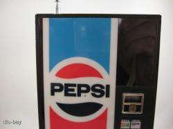 PEPSI COLA VENDING MACHINE NOVELTY ADVERTISING FM/AM TRANSISTOR RADIO