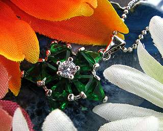 Fashion Jewelry Xmas Gift Star Cut Green Emerald White Gold GP Pendant