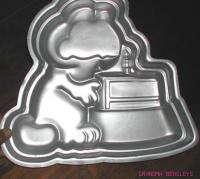 Vintage Aluminum 1981 WILTON GARFIELD Cake Pan MOLD