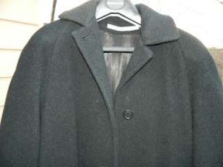 Vintage Wool Ladies Winter Classic Coat in Heathered Black, c 1985