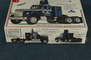 White Western Star 1/25 scale Tractor Trailer Semi Truck Model