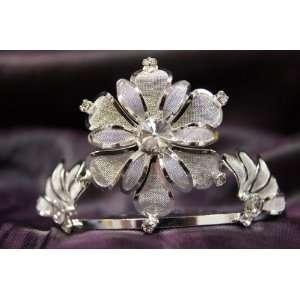 Beautiful Princess Bridal Wedding Tiara Crown with White