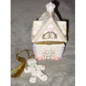 Porcelain Gingerbread Holiday Surprise Christmas Treasure Trinket Box