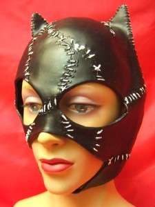 Catwoman Mask ~ Official Licenced ~ Batman~ DC ~ Quality latex ~ NEW