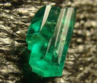 RARE High Quality Fine Colombian Emerald Uncut Crystal SPECIMEN