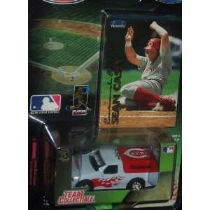 Cincinnati Reds 1999 MLB Diecast 164 Scale Ford F 150