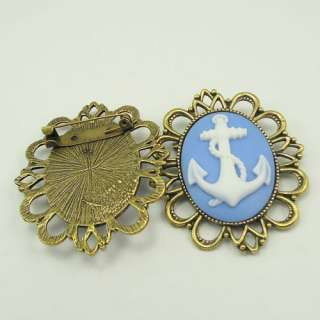 Retro Style cameo pin brooch w/blue white anchor cameo