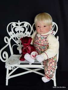 Middleton Artist Collection ♥ January Birthstone Baby ♥ 19 Doll
