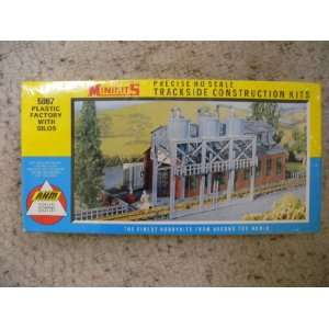 AHM Minikits HO Scale  Trackside Construction Kits 5867  Factory with