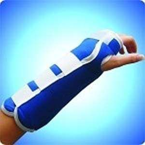 "ThermaPress Wrist and Forearm Wrap With One 4"" X 9"" HOT/COLD pack"