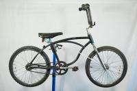 Vintage 1967 Schwinn Stingray Deluxe BMX conversion bicycle bike black