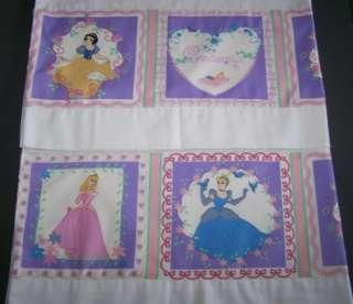 Disney Princesses Pinks & Purples Pillow Case Set NEW