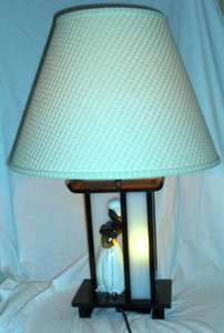VINTAGE RETRO MID CENTURY MOSS LUCITE BLACK AMERICANA TABLE LAMP