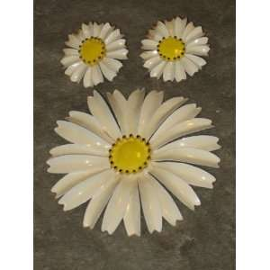 Vintage Flower Power Enamel 3 1/4 Inch Brooch Pin & 1 1/4 Inch Clip On