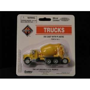 scale International 4900 Cement Mixer (Yellow) (4011 88: Toys & Games
