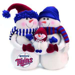 MLB Minnesota Twins Snowmen Family Holiday Table Top