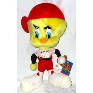 12 Looney Tunes Tweety Bird Batter Up Plush: Toys & Games