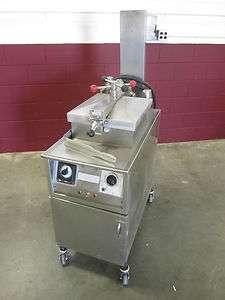 Penny 500 Chicken & Fried Foods Pressure Fryer Cooker Broaster