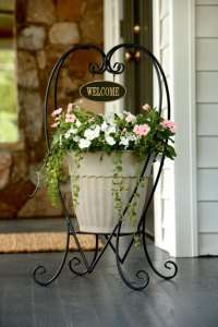 Garden Plant Stand Flower Planter Outdoor Rack Vintage Black Lawn